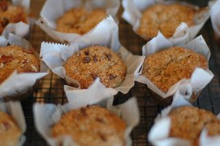 cup-a cup-a: Egg-free banana, whole wheat muffins