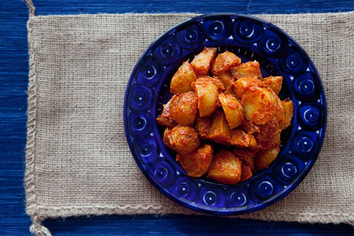 Spanish Roasted Potatoes with Tomato Sauce. Making NOW and smells and ...