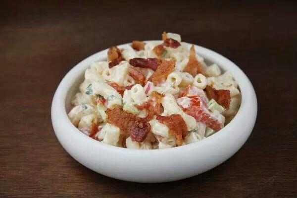 Bacon & tomato macaroni salad | Side dishes | Pinterest