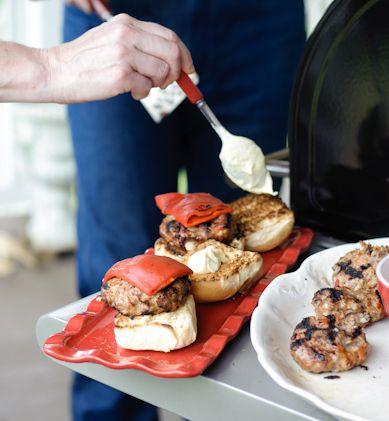 Red, White, and Blue Burgers | a m e r i c a n a | Pinterest