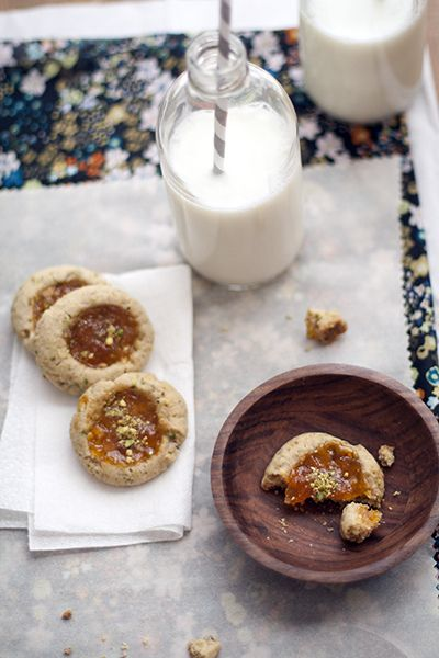 pistachio-apricot thumbprints by Cindy | Hungry Girl por Vida, via ...