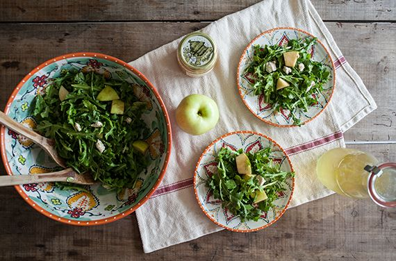 APPLE, HONEY & FIG GOAT CHEESE + ARUGULA SALAD | Bright Bold and ...