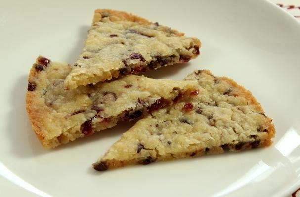 Orange Chocolate Cranberry Shortbread | Desserts and treats | Pintere ...