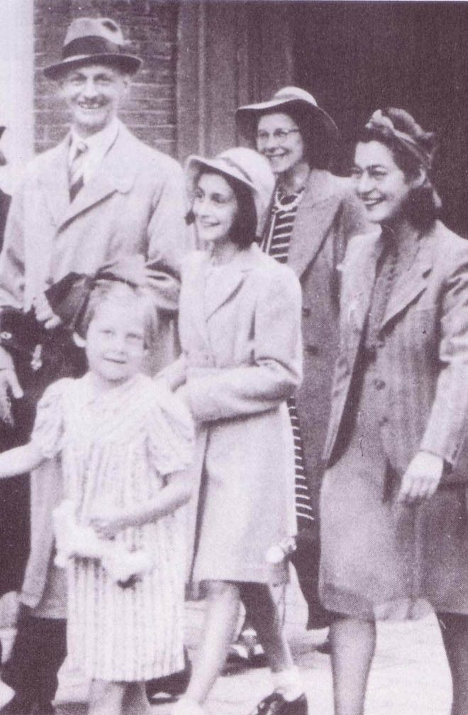 Anne Frank with father, Otto.