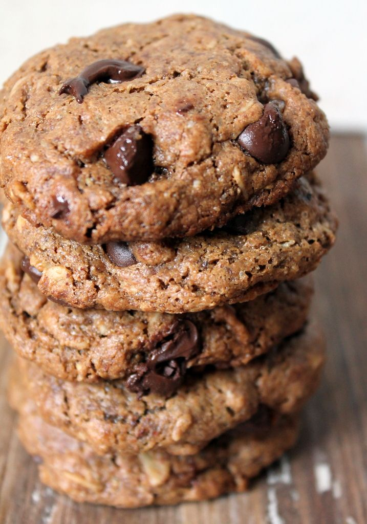 Toasted Pecan Butter Oatmeal Chocolate Chip Cookies | Recipe
