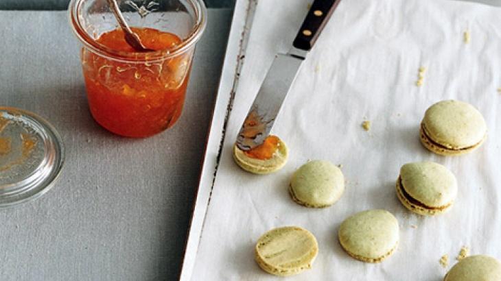 Espresso Blackberry Macarons | French Macaron | Pinterest