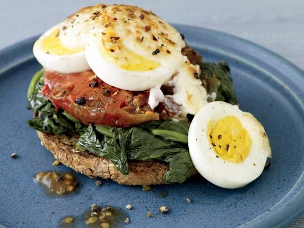 Brunch Ideas: Open-Faced Broiled Egg, Spinach, And Tomato Sandwich ...