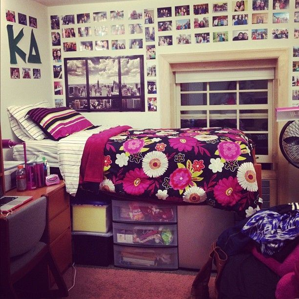 Sweet setup dorms we love pinterest Dorm room setups