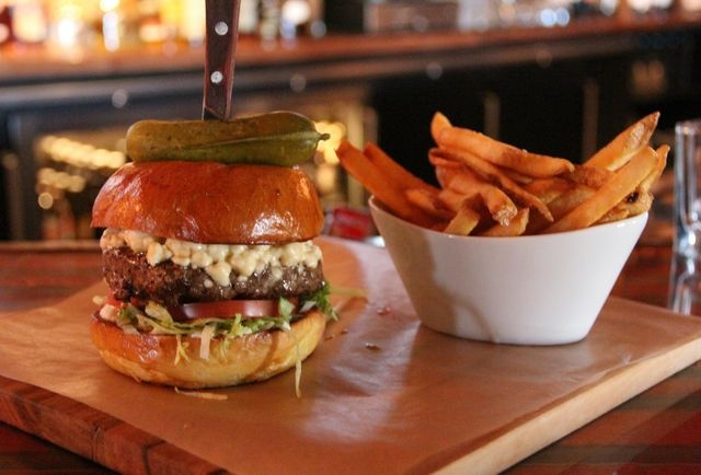 ... Grill, @Peddler's Village's newest restaurant. Check out that burger