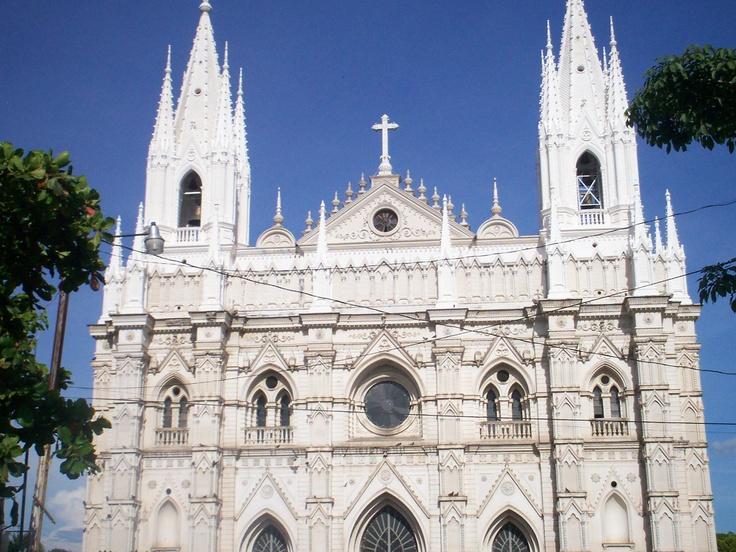 La Catedral de Santa Ana El Salvador | Somewhere in El