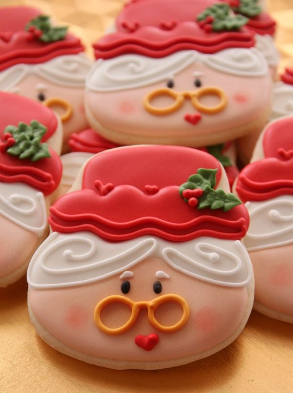 Mrs. Claus Cookie