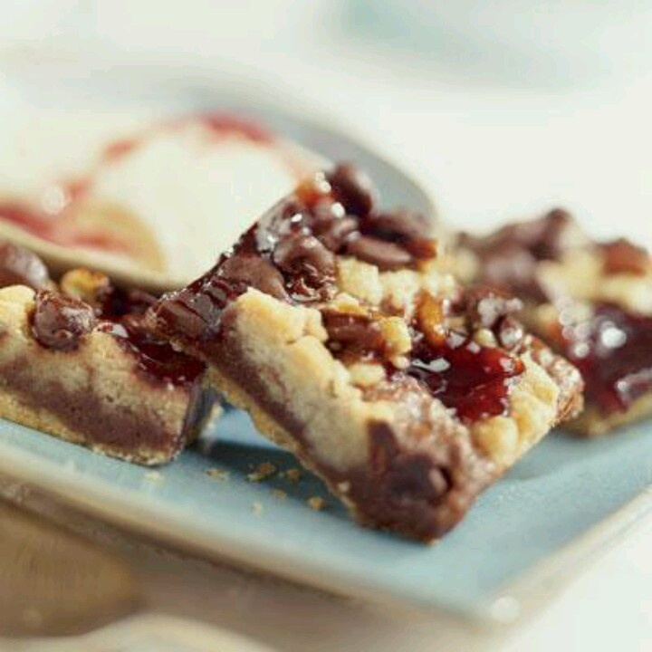 Raspberry Crumb Bars   Recipes   Pinterest