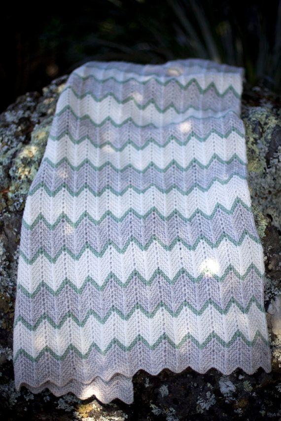 Zig Zag Crochet Baby Blanket Zig Zag Stripe Baby Blanket - Baby ...