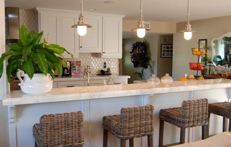 Coastal cottage kitchen. Van Rozeboom Interiors