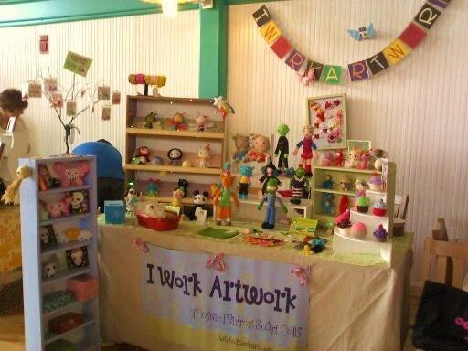 craft fair booth display crafty booth displays pinterest. Black Bedroom Furniture Sets. Home Design Ideas