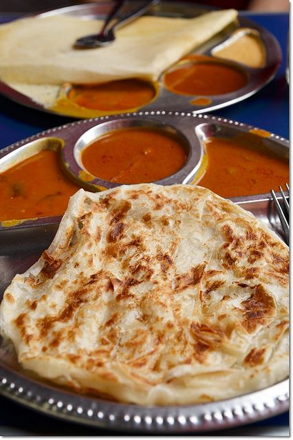 Delicious roti canai and thosai. Yum!!