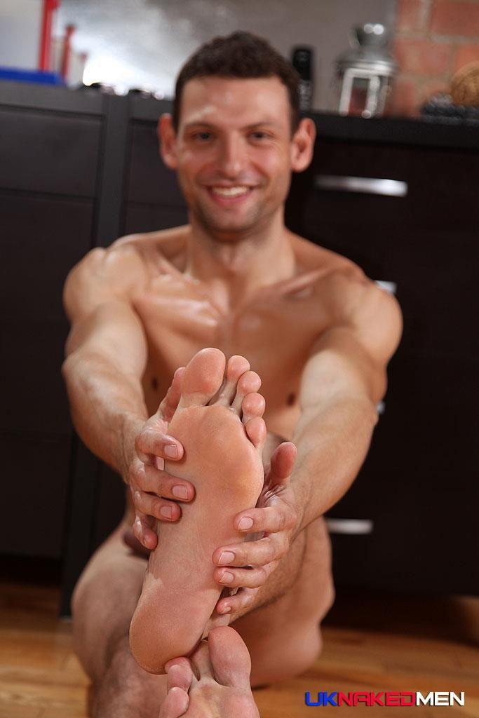 Sexy British Guy | Hot Gay Men | Pinterest