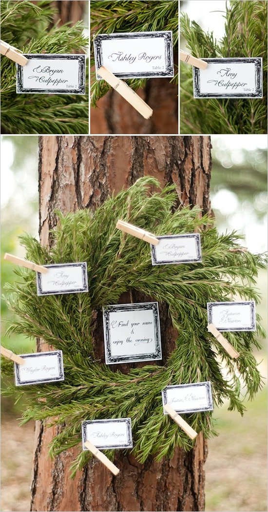 wreath seating chart with clothespins - so simple and effective!