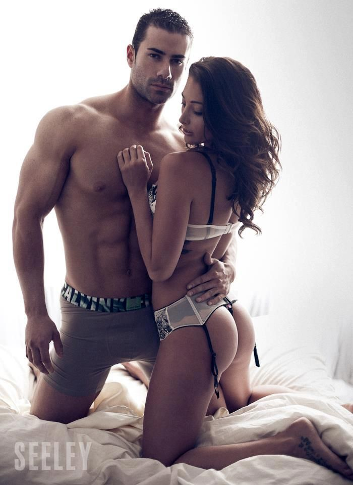 Sexy muscle fitness couples