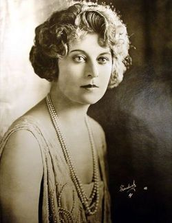 Gertrude Astor Net Worth