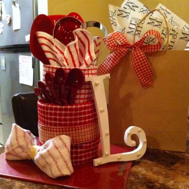 Wedding Gift Ideas Quick : Bridal shower gift! Made from kitchen towels and dish rags. Added ...
