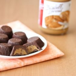 Biscoff Chocolate Cups. Like PB cups but with Biscoff spread!