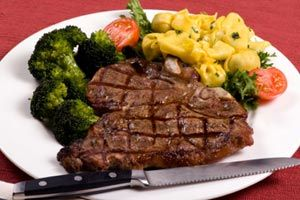 whiskey mushroom sauce steak with whiskey mushroom porterhouse steak ...