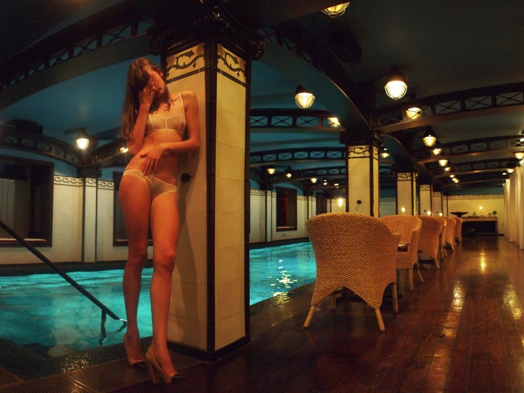 Hotel costes paris la piscine favorite places spaces for Bar la piscine paris 18