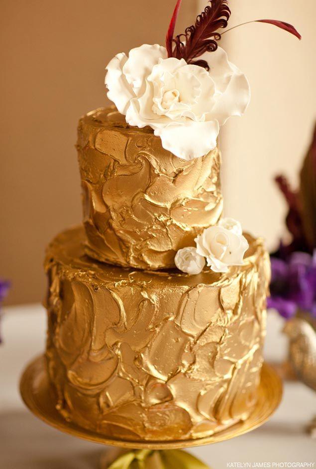 Cake With Gold Decoration : Inspiration: Gold Wedding Cakes cake decorating Pinterest