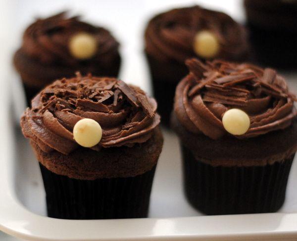 Chocolate Cup Cakes by Kirti Poddar, via Flickr