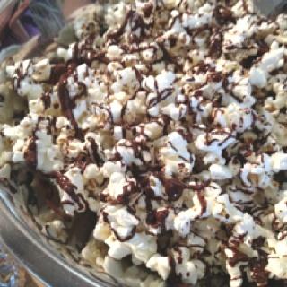 Sea salt, olive oil & dark chocolate drizzled popcorn by Clean Food ...