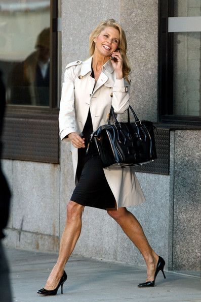 Christie Brinkley in Trench Coat and Hermie's tote