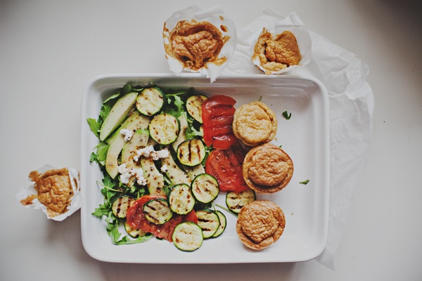 Spicy soufflé with ricotta and grilled zucchini