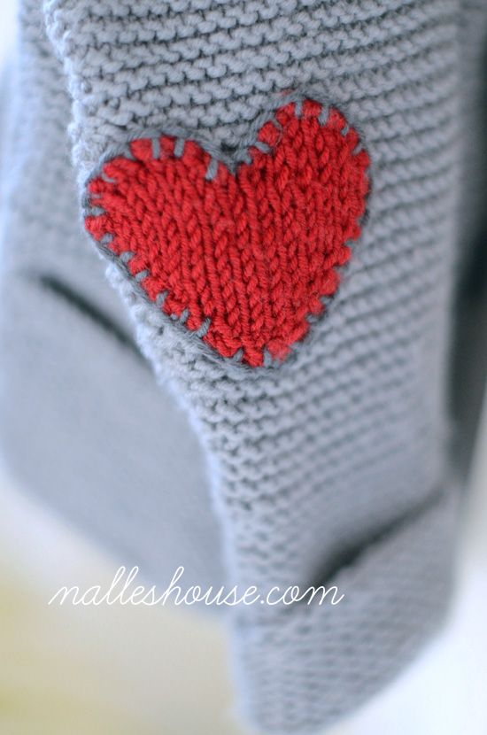 Nalle's House: He Wears His Heart on His Sleeve Knitted heart pattern ...