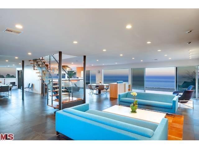 Cool beach house interior design pinterest for Beach house designs pinterest