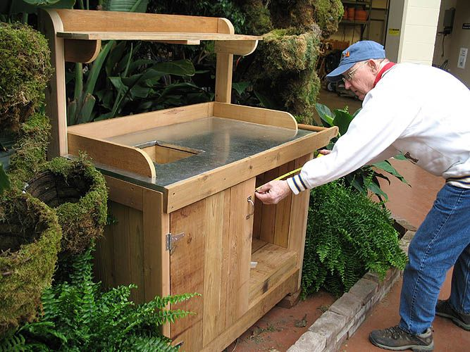 Potting bench garden pinterest Outdoor potting bench