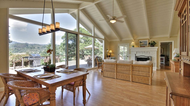 Corralitos living room interior design by Carolyn Bredsteen & Design Works 2. Click here for more info:  http://santacruzconstructionguild.us/design-works-ii