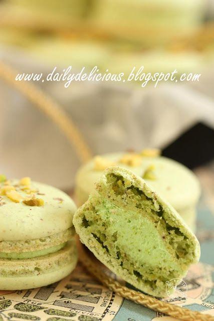 Pistachio Macarons   Cookies   Pinterest