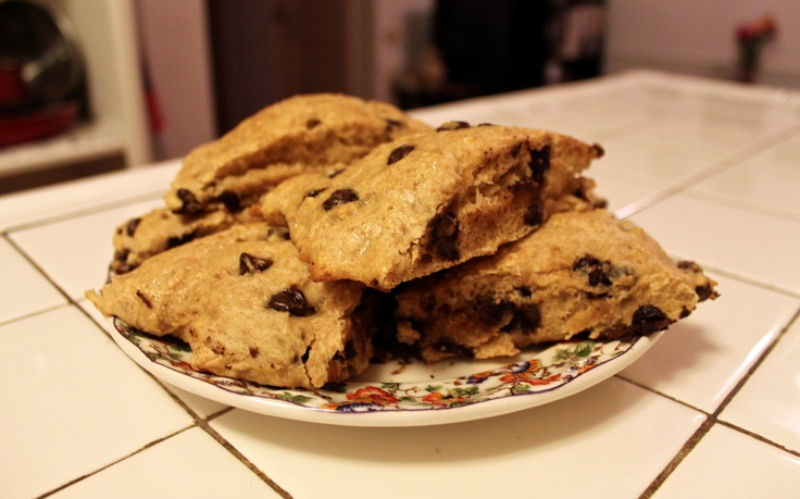 Skinny Chocolate Chip Buttermilk Scones #baking #recipes