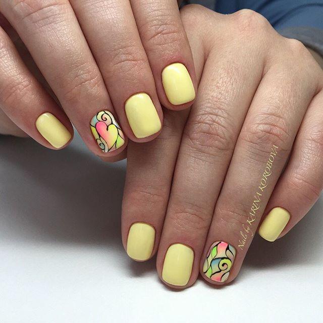 Желтый шеллак с дизайном