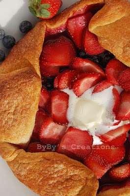 Berry Croissant Galette | Yummy Sweets | Pinterest