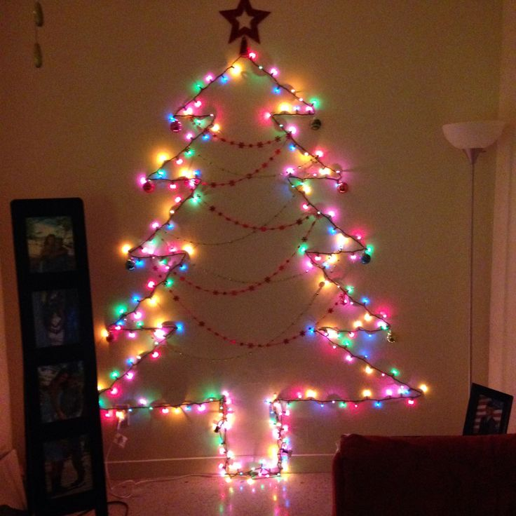 Wall Christmas Tree Using Lights : Wall Light Christmas Tree 2013 Christmas Pinterest