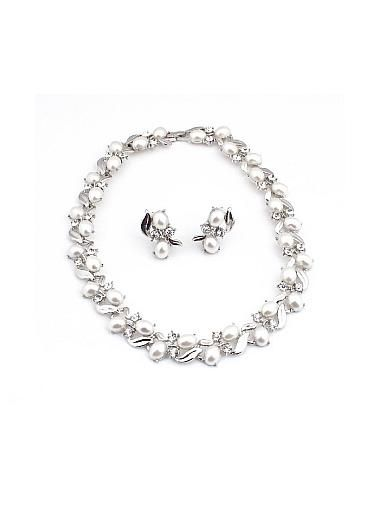 Man made pearl necklace earring for your fabulous wedding dress
