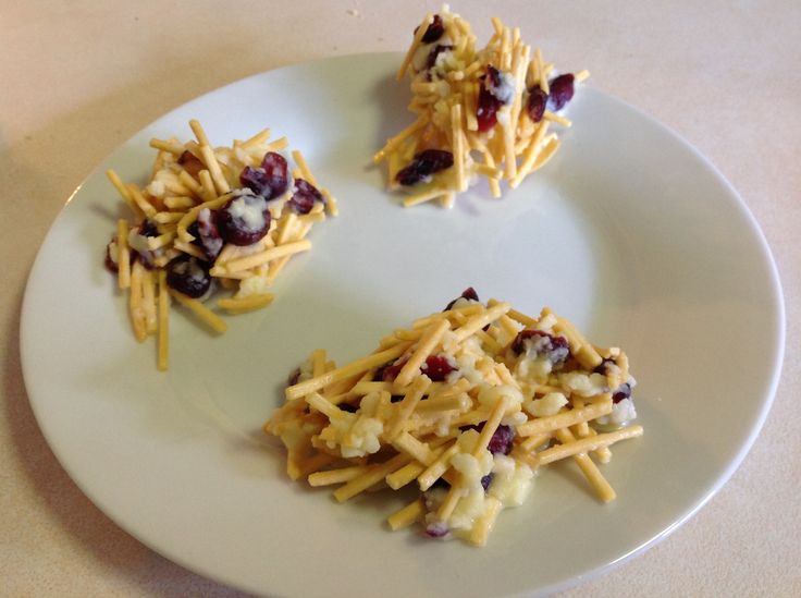 White Chocolate Cranberry Spiders