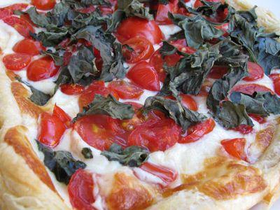 Tomato Basil Pizza | Pastas & Pizzas | Pinterest