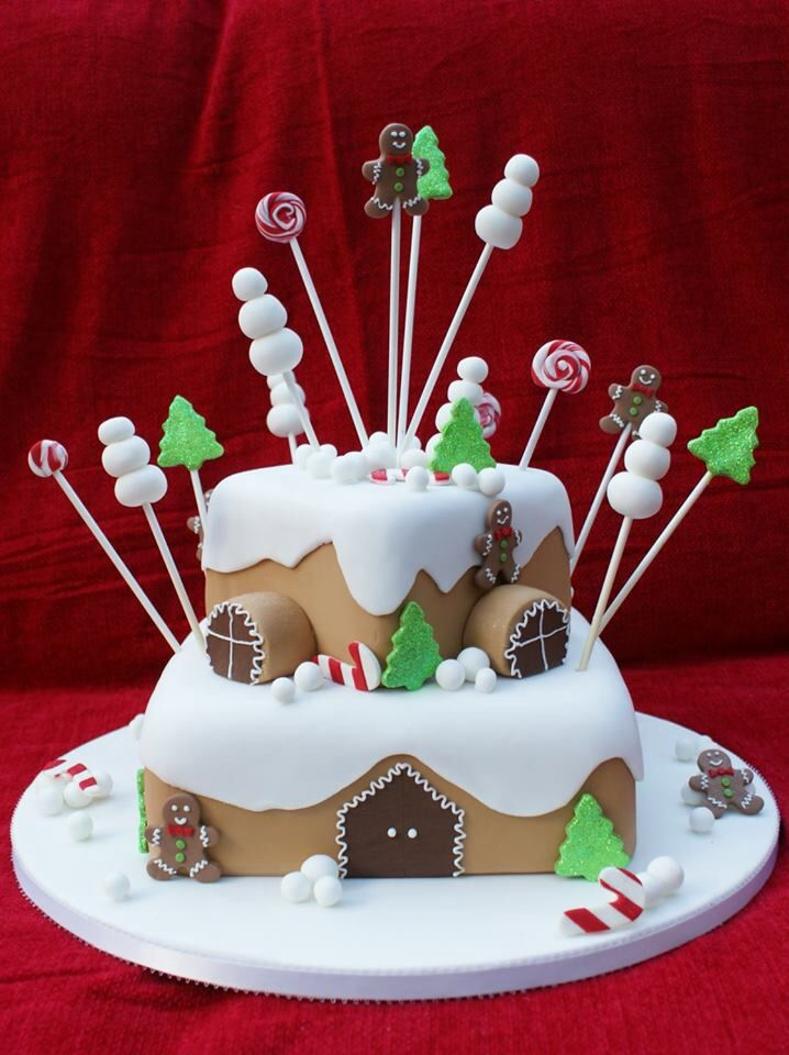 Christmas House Cake Decoration : Gingerbread house cake Christmas baking & decorating ...