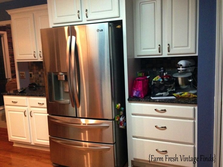 Thermofoil Kitchen Cabinets in French Linen Part 1