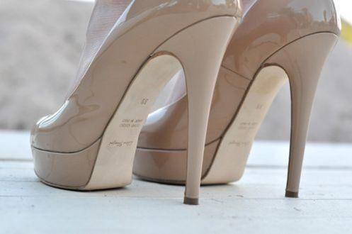 Women's Shoes http://rover.ebay.com/rover/1/710-53481-19255-0/1?ff3=4