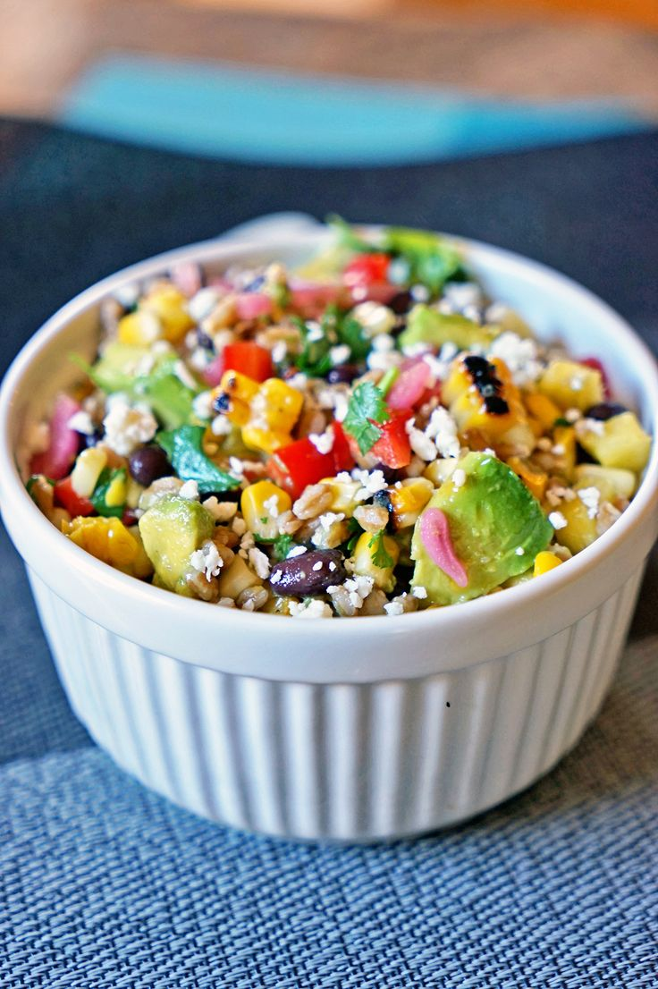 Farro Salad with Pineapple, Avocado and Black Beans - keviniscooking ...