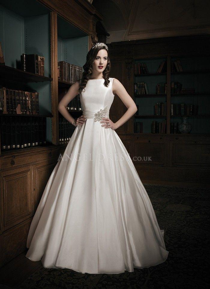 Zenobia Wedding Dresses 3